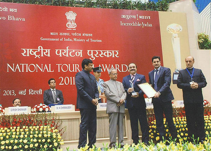 The Hon' President of India & The Hon' Tourism Minister of India